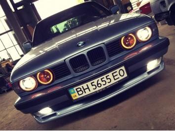Накладка М-ТЕХ на передний бампер для BMW 5 series E34